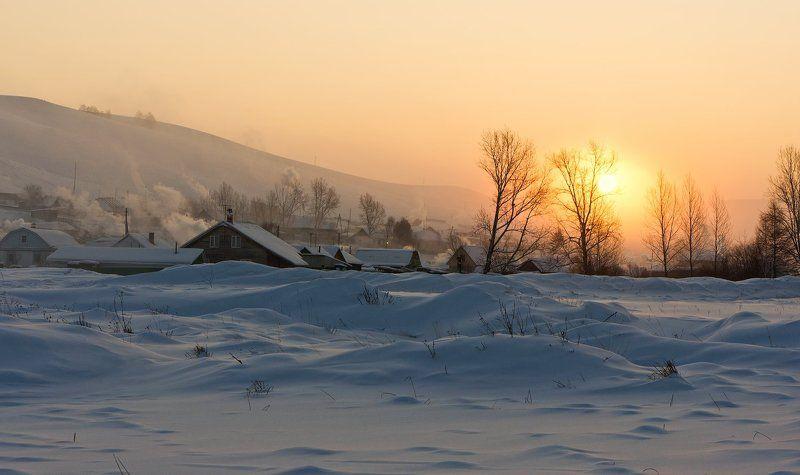 Затерялась в снегах деревенькаphoto preview