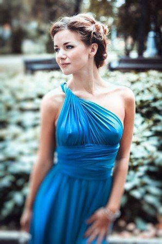 красивые фото девушек в легких платьях