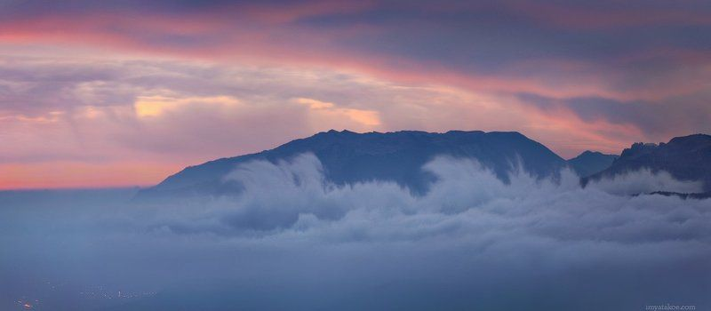 Горы, Крым, Туман Вечер в горахphoto preview