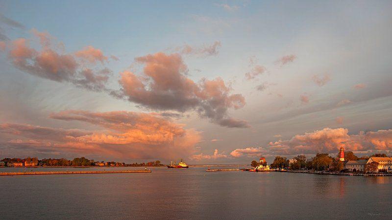 Балтийск аванпорт рассвет Балтика Калининград море небо Аванпортphoto preview