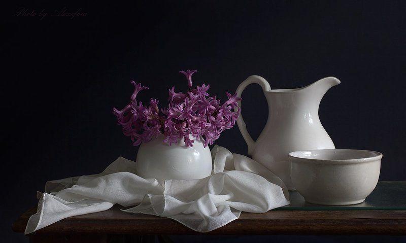 Цветов прекрасный аромат пленит и дарит счастьеphoto preview