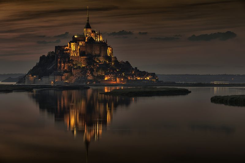Le Mont Saint-Michel  Le Mont Saint-Michel..photo preview