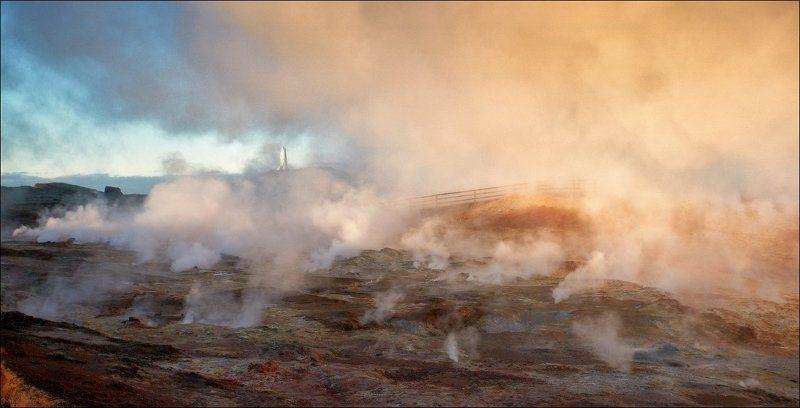 фумарола Исландия газ пар маяк утро рассвет Фумаролы Исландии.photo preview