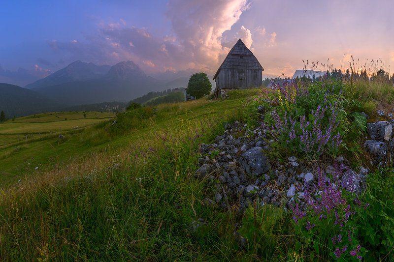 Какого цвета горы в Черногории? Дурмитор.photo preview