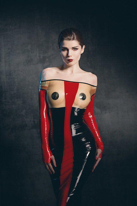 latex, fetish Kultur Magazinephoto preview