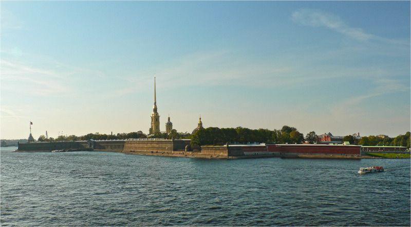 Петропавловка с высоты Троицкого мостаphoto preview