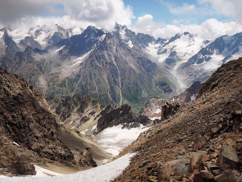 Кавказ Где то в горахphoto preview