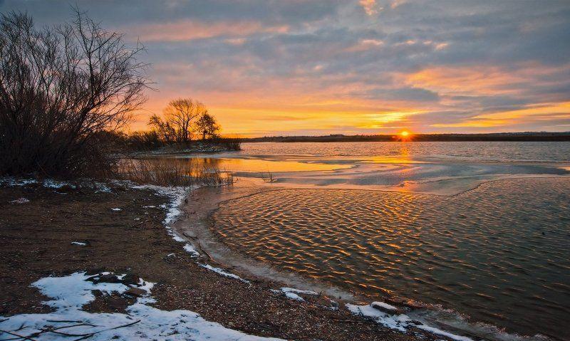 Озеро, Рассвет Первые лучи_2photo preview