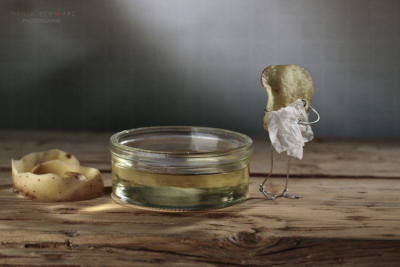 масло фритюр картофель чипс сценка  юмор жареный хрустящий ванная  с легким паромphoto preview