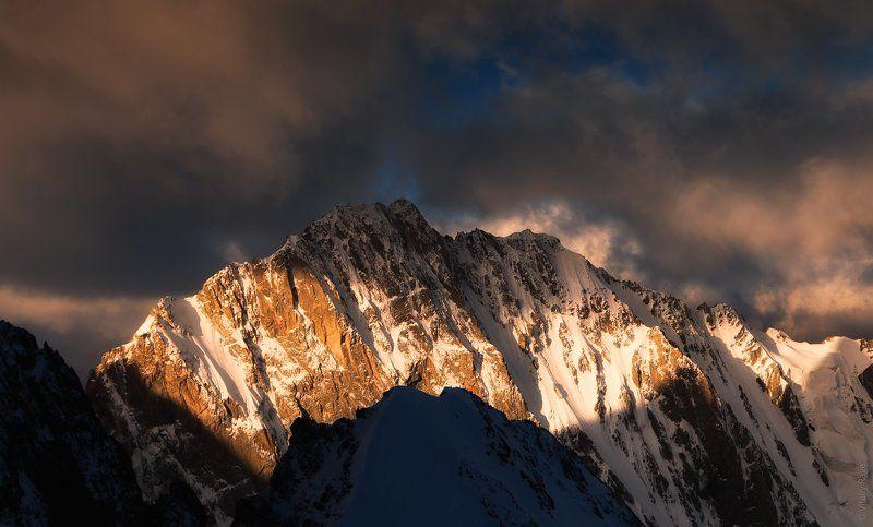 Утро в горах, восхождениеphoto preview