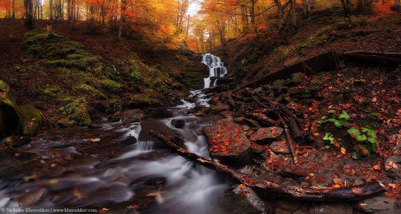 водопад, карпаты, осень, пейзаж, природа, украина Водопад в осеннем лесуphoto preview