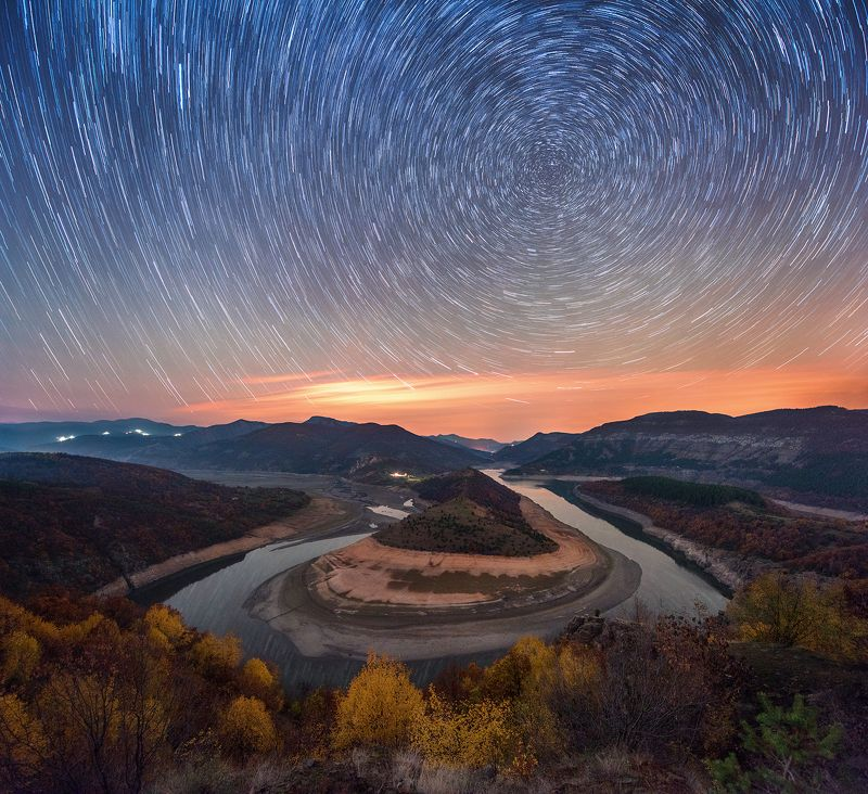 landscape, nature, meander, sky, bulgaria, night, river, stars, startrails, curves, circles,  Rhodope Meander: face 2photo preview