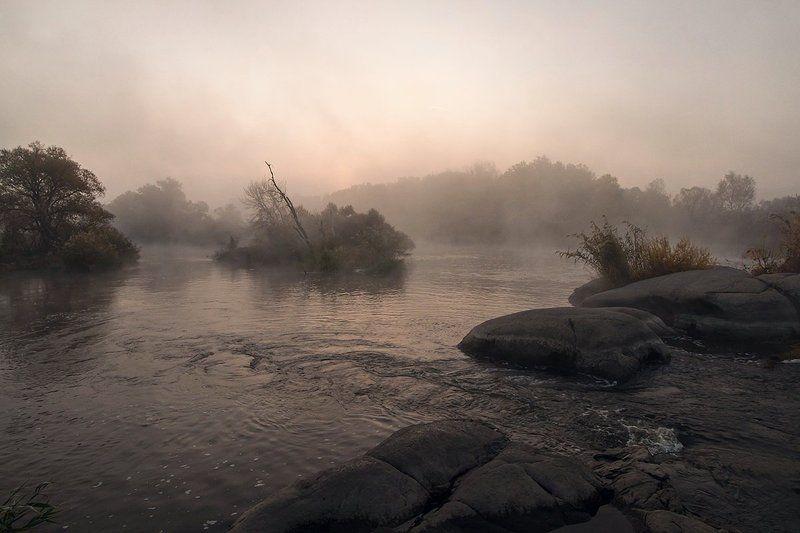 река. Утро. Туман. Пороги. Тревожное утро Gipanisa.photo preview