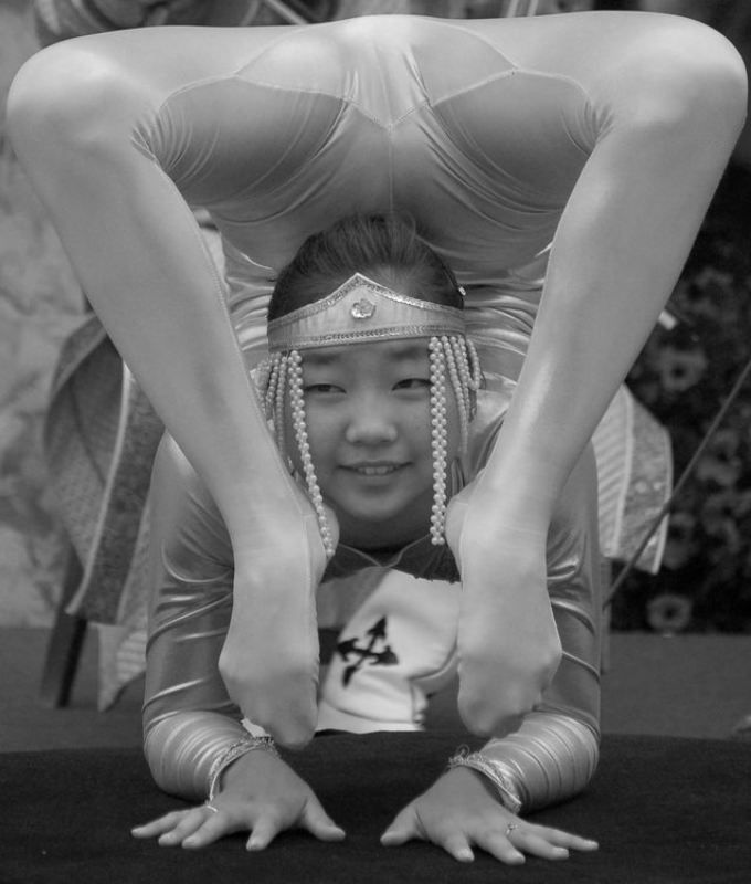 артистка, цирк Стиль жизниphoto preview
