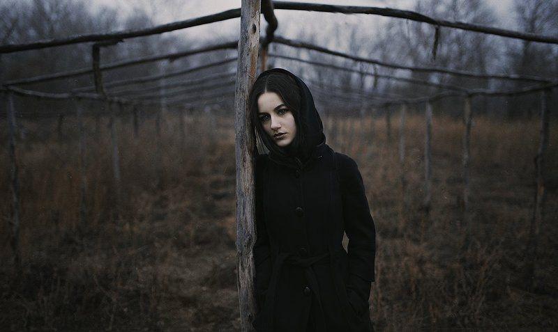 Девушка, одиночество, грусть, задумчивость  Annphoto preview