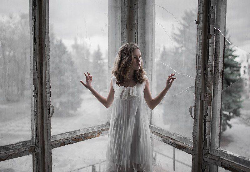 #девочка #грусть #одиночество #замкнутость Стеклянный мирphoto preview