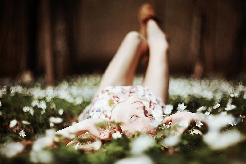 helios  40, girl, flowers meadowphoto preview
