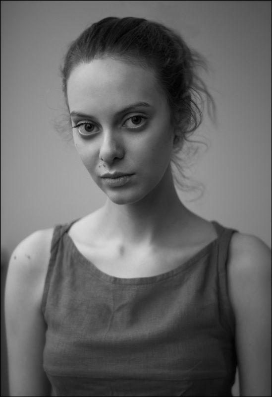 портрет, девушка, чб, portrait, girl, bw Александраphoto preview