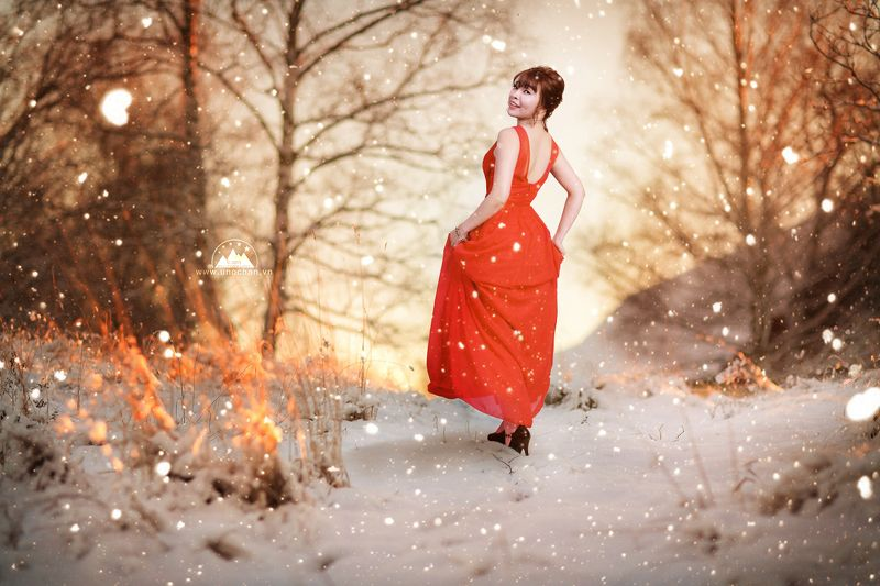 red, snow, girl, cool , sunset red snowphoto preview