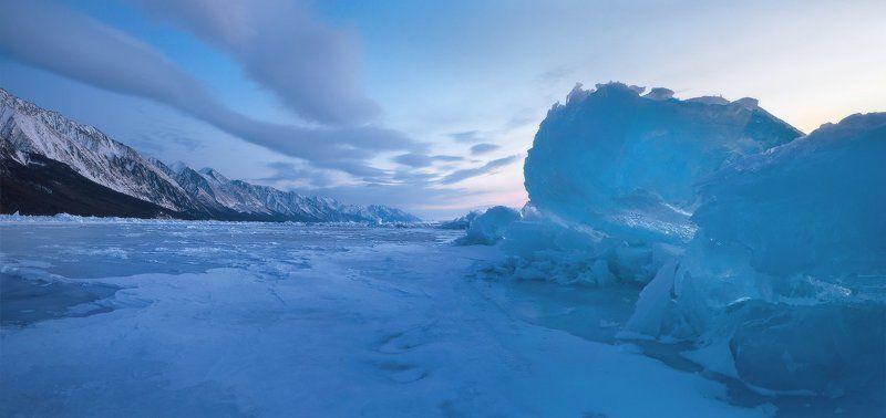 Байкал, зима, лёд, утро, рассвет, торосы, снег, горы, Байкальский хребет Утро у мыса Заворотный.photo preview