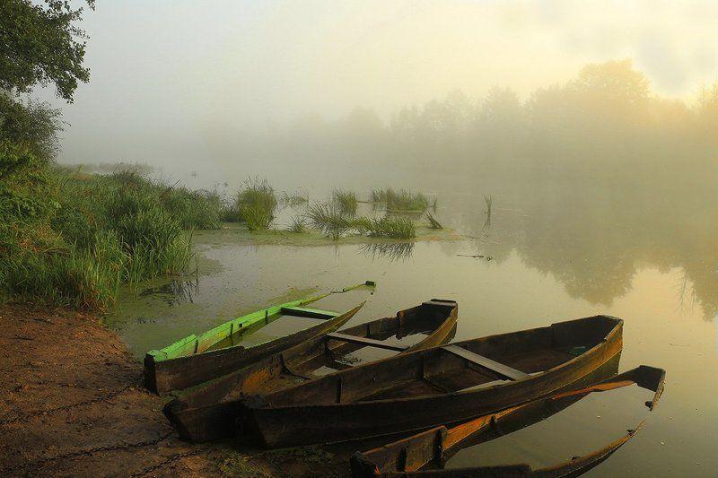 Вилия, утро, лодки Утренний натюрмортphoto preview