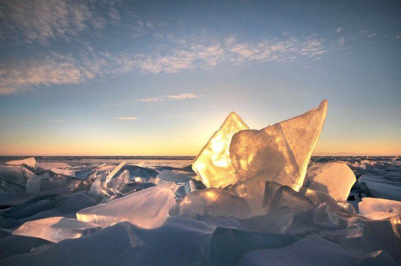 байкал, лёд, рассвет, солнце Лёд Байкала на рассвете.photo preview