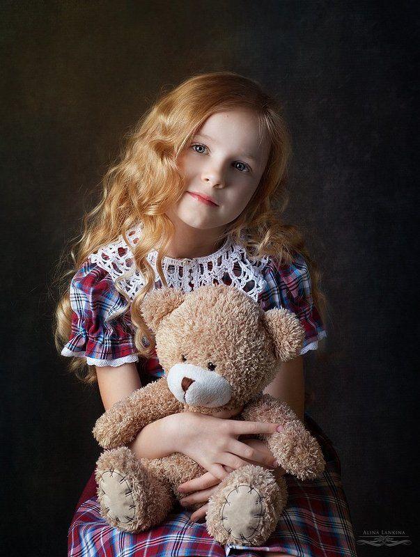 портрет, девочка, ребенок, ретро, взгляд, мишка, игрушка, алина ланкина ***photo preview