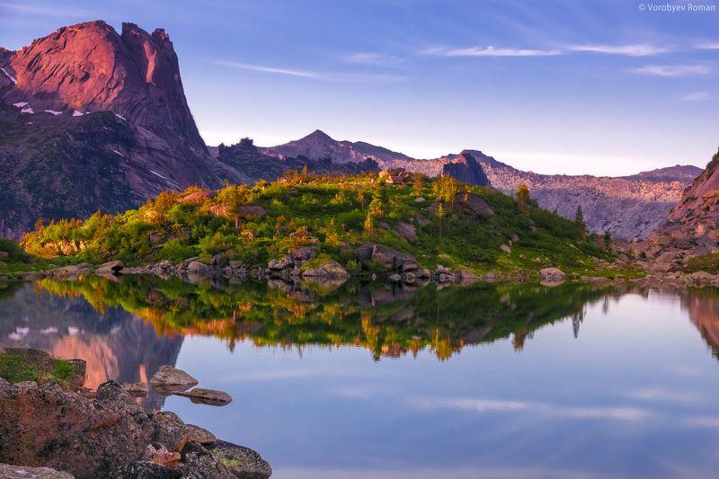 Горное озеро, Горы, Ергаки, Закат, Отражение Озеро Горных Духов.photo preview