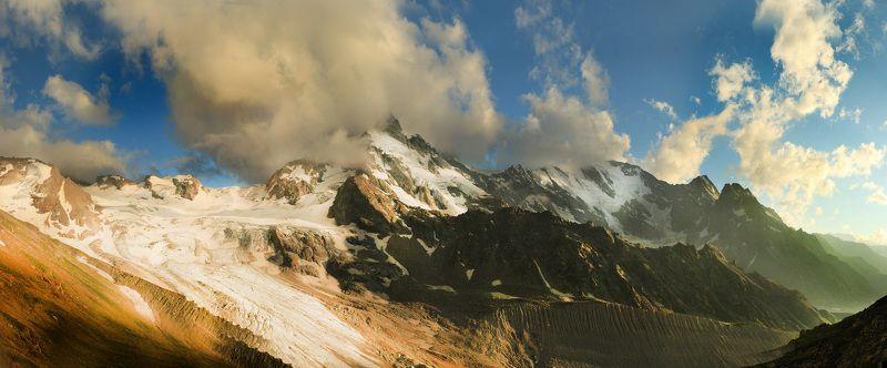 Кавказ, закат, солнце, облака Ущелье Адыл Суphoto preview