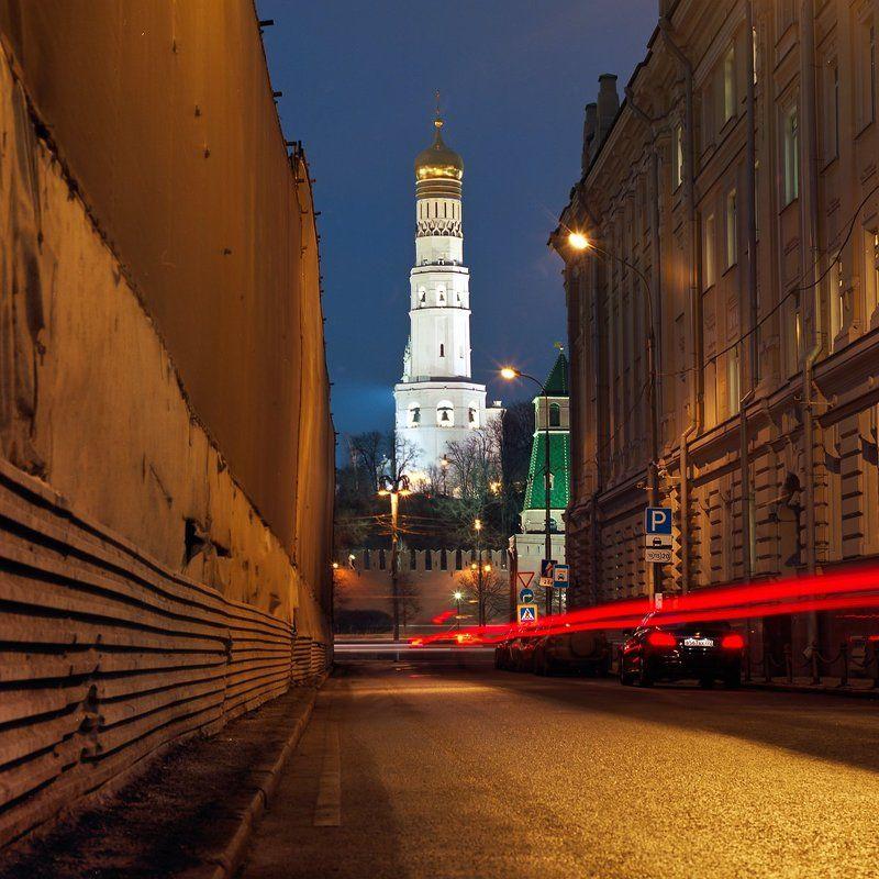 Колокольня., Кремль., Ночь. Колокольня \