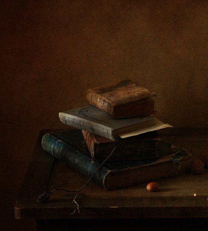 натюрморт Старые книгиphoto preview