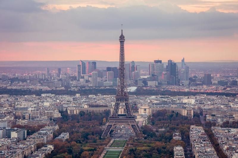 Paris, France Tour Eiffelphoto preview