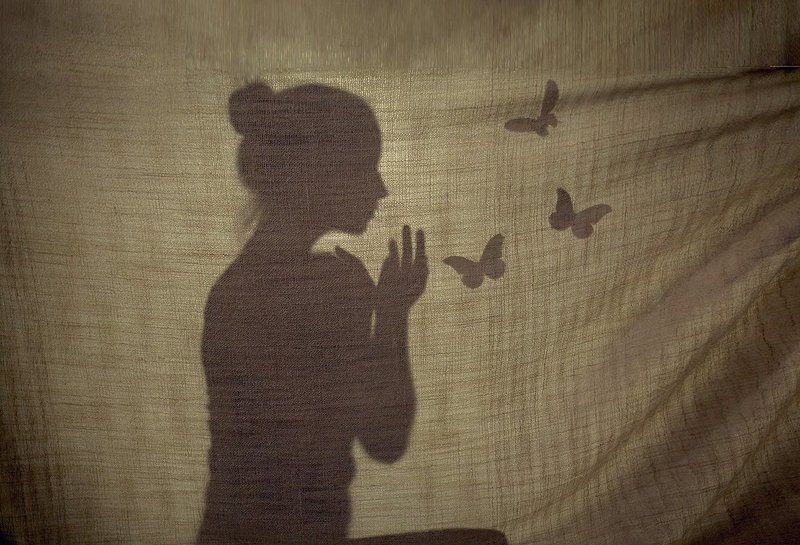 бабочки, тени,девушка,нежность,свет, образ,фотосессия,Павлодар,детский фотограф бабочкиphoto preview