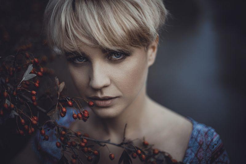 Beauty, Color, Portrait Briarphoto preview