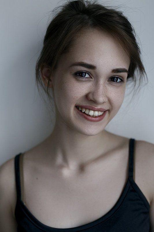 girl, smile,eyes, lips, улыбка, веснушки,портрет, девушка Iphoto preview