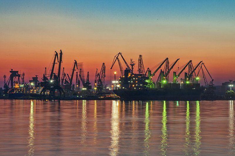 Port Varnaphoto preview
