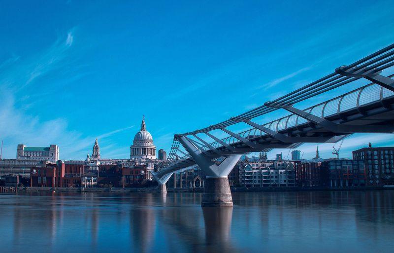Собор Сент-Пол и мост Миллениум-бриджphoto preview