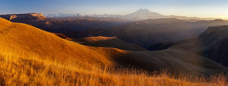 эльбрус Sunset light over Elbrusphoto preview