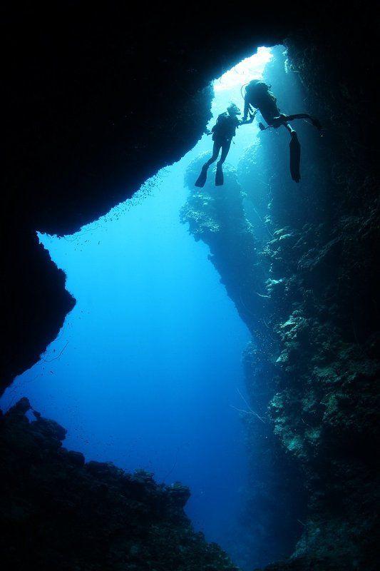 подводное, пещера,дайвинг, дайвер, свет,двое,Судан,море,Красное море, underwater,scuba,diving Выход естьphoto preview