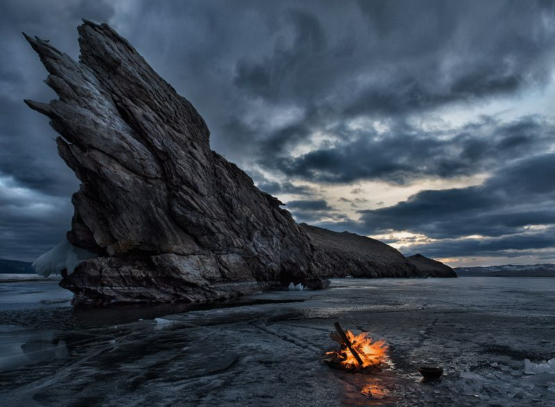Baikal, Fire, Ice, Lake, Landscape, Ogoi, Rock, Scenic, Sunrise, Wild nature, Winter Вызывая духов Огояphoto preview