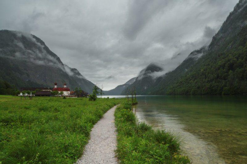 Бавария, Горы, Дождливо, Облака, Озеро, Церковь Куда приводят мечты...photo preview