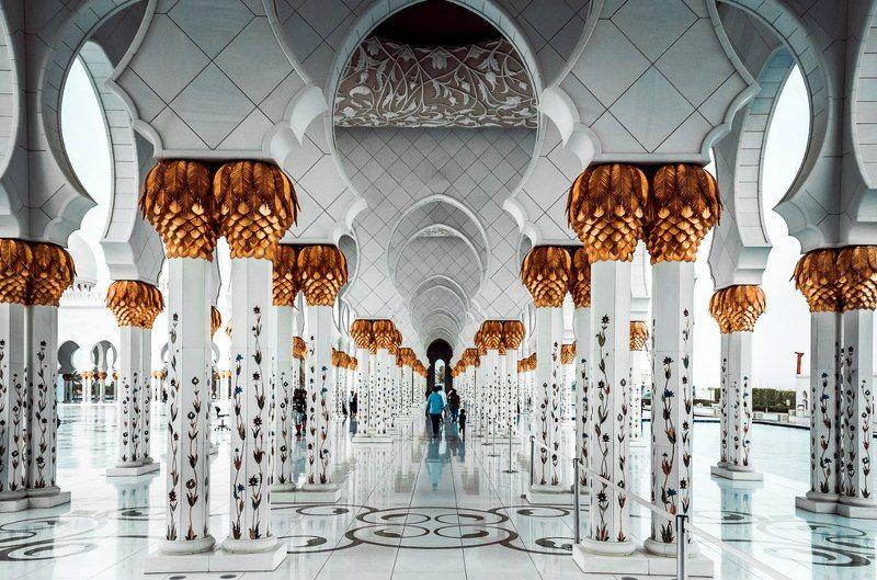 architecture, beauty, color, dubai, light, nikon, people, travel, white White floorphoto preview