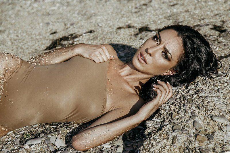 amazing, beach, beautiful, brunette, crimea, eyes, girl, portfolio, portrait, sea, sensetive, sensual, sexy, shooting, summer, sunlight, sunset, woman, young, амазонка, берег, брюнетка, глаза, девушка, красивая, крым, макияж, море, песок, пляж, портрет, ***photo preview