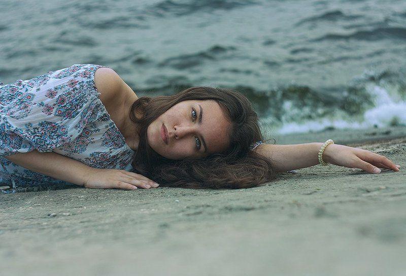 девушка, вода Волнаphoto preview