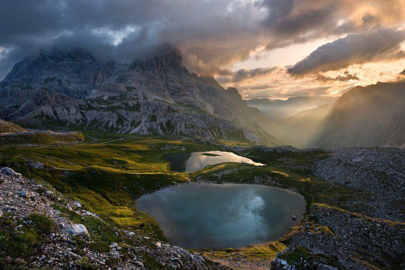 Озера в Доломитовых Альпахphoto preview