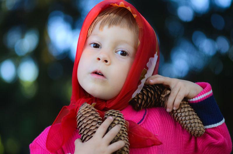 лес, маша, ребенок, шишки Как-то раз малышке Маше...photo preview