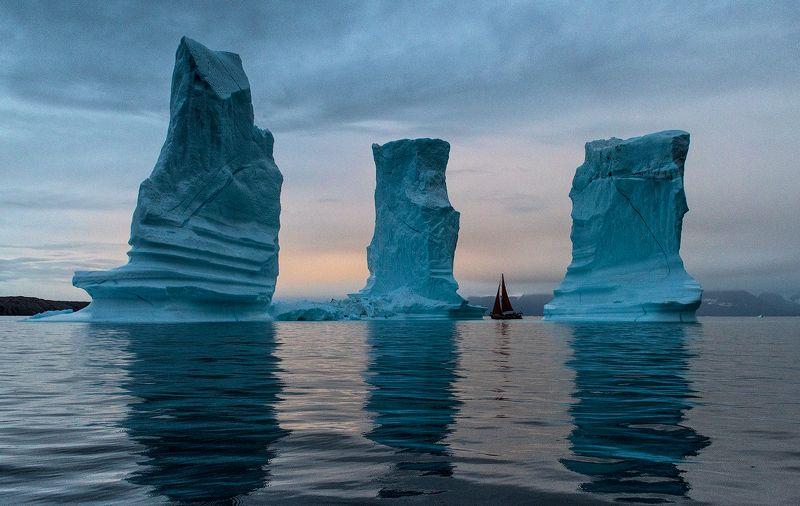 гренландияб айсберги У Геркулесовых Столбовphoto preview