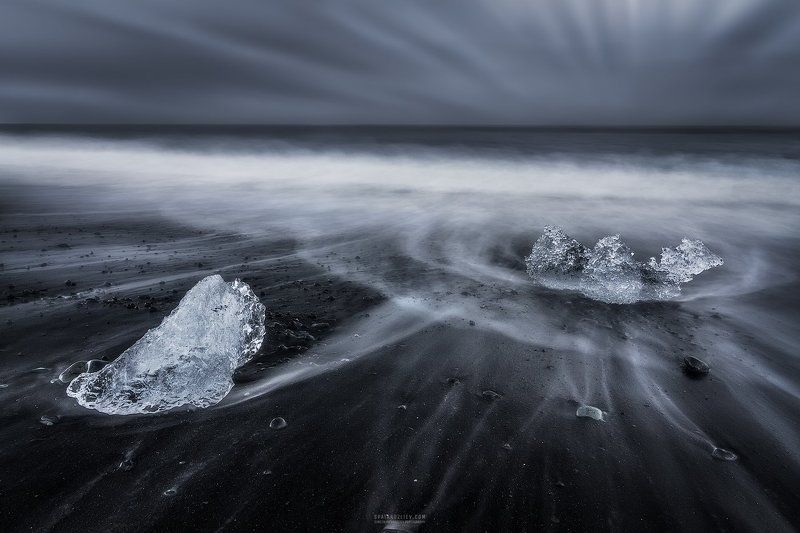 iceberg, iceland, travel, lagoo, glacier, jokulsarlon, black, sand, beach, ice, ocean Queen of Diamondsphoto preview