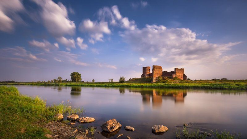 Castle, River, Summer, The Ruins, Warta The Ruins of the Warta River 2photo preview