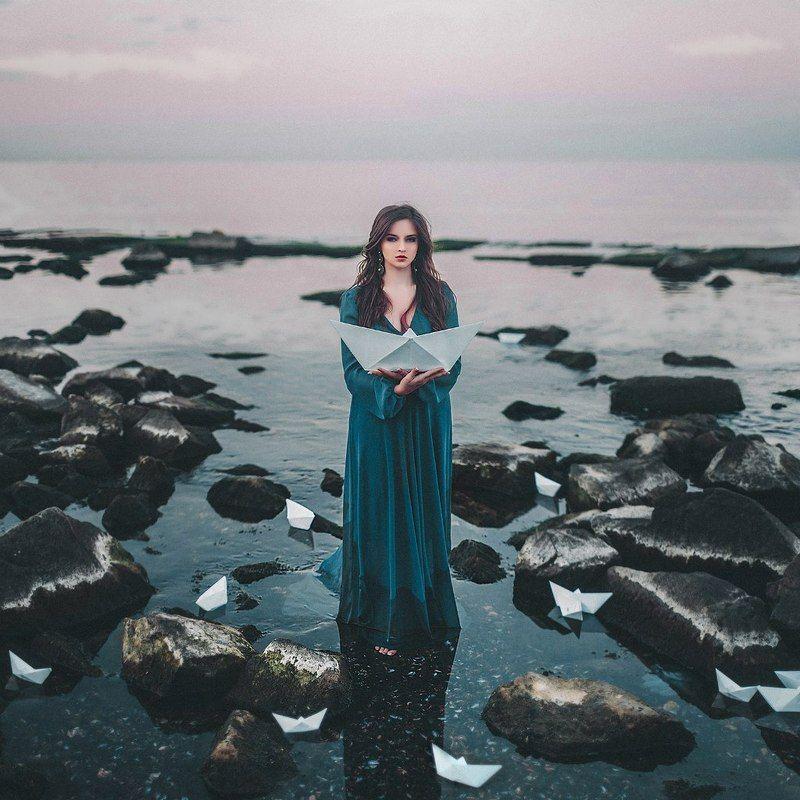 море, девушка, портрет, кораблики, sea, girl, portrait, boats, water Boatsphoto preview